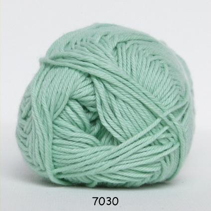 Image of Cotton nr. 8- Bomuldsgarn - Hæklegarn - fv 7030 Lys Grøn