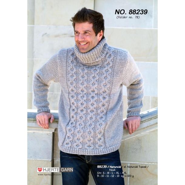 Herresweater med kabelstrik. Kit.